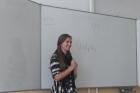 Stážistka zUSA na vltavotýnském gymnáziu 2018